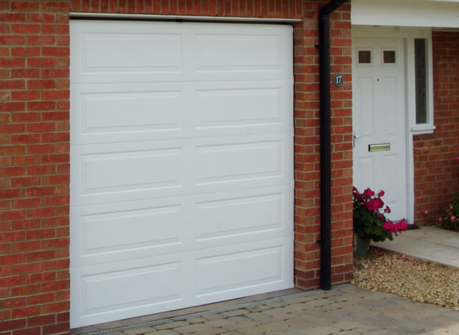 Spray paint garage door before and after garage doors for How to spray paint doors